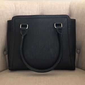 Great Cleo purse NWOT
